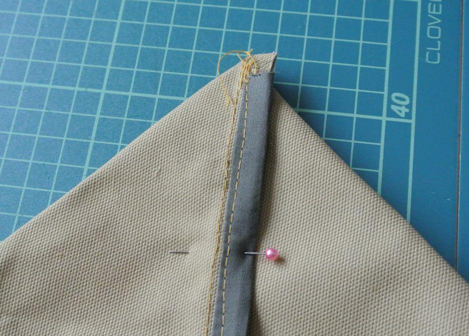職業用ミシン・エクシムプロで帆布バッグ~トートバッグの本体編3・底の縫い方~